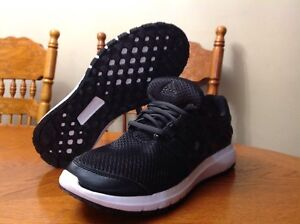 Brand New men's size 8 Adidas cloud foam running shoes.