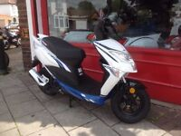 Brand new Lexmoto Echo 50cc scooter 2 years warranty included