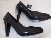 Ladies Black Leather Shoes