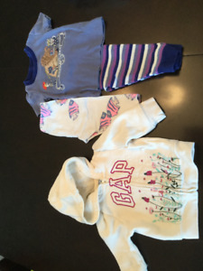 Clothing size 3-6 months gap