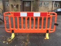 Safety barriers X16