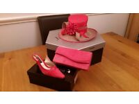 Jacques Vert Hat suitable for Wedding/Races Coral/Beige matching shoes and clutch bag exc con