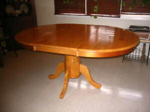 Maple Table with Leaf