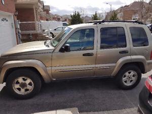 Jeep Liberty SUV,  4x4 3.7 L