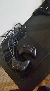 1TB Xbox One with two controllers