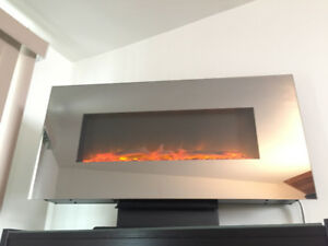 Beautiful Mirrored Electric Hanging or Standing Fireplace