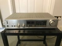 Toshiba Stereo Amplifier SB-M20 & Stereo Tuner ST-U20L.