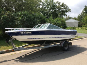 17 foot Rinker Bowrider - Looking for a New Captain!