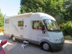 Hymer 674 Motorhome Full size twin beds, Large Garage. Satellite Dish, Solar Panel