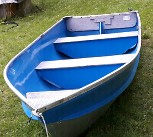 12FT Prince Craft Aluminum boat with Mercury 4.5hp