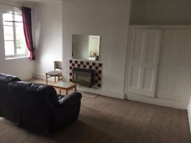Studio apartment in beautiful, gothic-style house, Aigburth, just £460pcm including bills