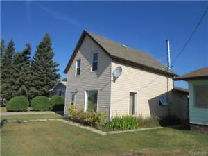 Downtown location for 3 BR older home in Rossburn MB