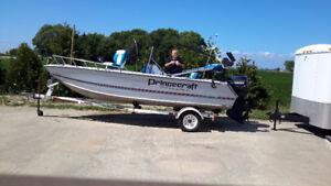 Prince craft Fishing Boat