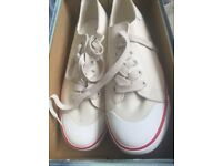 White size 10 Lee pumps