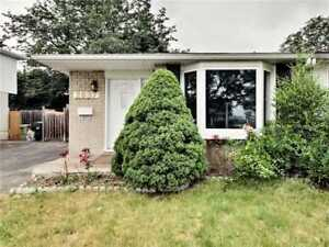 Fully Renovated Semi In Clarkson - Walk To The Go Station