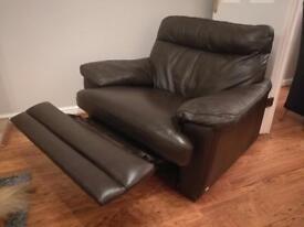Leggett & Platt leather sofa & 2 armchairs