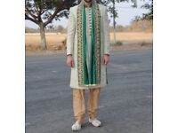 Indian Sherwani Mens Wedding Suit Matching Scarf Worn Once Excellent Condition 42R Medium