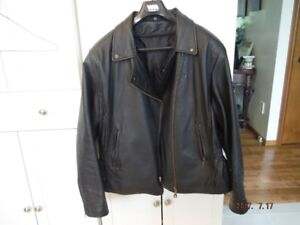 Woman's XXL Black Leather jacket with removeable liner
