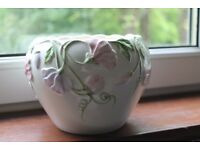 Floral Flower Pot & Small Column