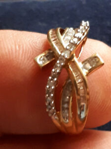 Ladies Diamond ring, Size 8
