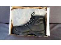 Black Leather Safety Boots. **New** Size 8