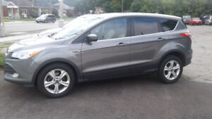 2014 Ford Escape With 1 year Unlimited KM Powertrain Warranty