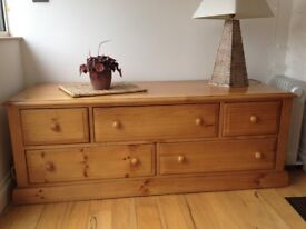 Large Solid Pine 5 Drawer Chest / Side Board / TV Unit