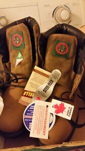 Bottes sécurité Mosse Head de John Palmer, fabriqué Canada neuf