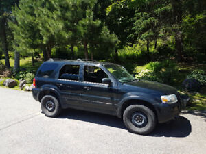 2006 Ford Escape Ltd SUV,
