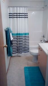 2 Bedroom Middle Apartment $1075! Galley kitchen! 71410