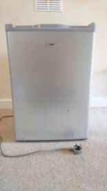 Mini-fridge with freezer compartment | like brand new