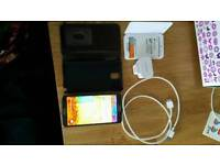 SAMSUNG GALAXY 3 UNLOCKED + EXTRA BATTERY +BATTERY CHARGER CASE + CASE