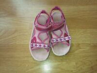 Clarks Doodles Sandals Size-UK-11-Kids