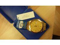 Seiko5 gold mens watch
