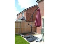 Large garden parasol and base weights