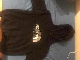 North Face jumper ( Black )