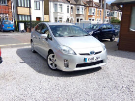 Toyota Prius 1.8 VVT-i Hybrid T Spirit CVT 5dr Leather Covers Fitted