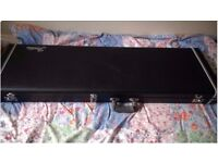 Fender hard case for Precision and Jazz basses