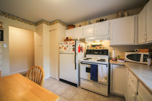 ALL UTILITIES INCLUDED! 1 BDR, UPTOWN!