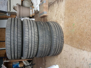 P 175 /65 R 14 Michelin tires, 95% (2015) With Rim