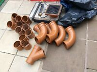 Drainage conecters