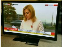 "LG 50"" Slim TV FULL HD BUILT IN FREEVIEW EXCELLENT CONDITION WITH REMOTE CONTROL HDMI FULLY WORKING"