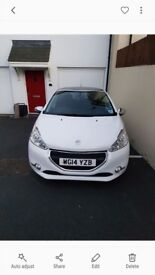 Peugeot 208 style. 2014. 30000 miles. Great con. 1 female owner