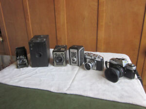 collection of 6 vintage cameras