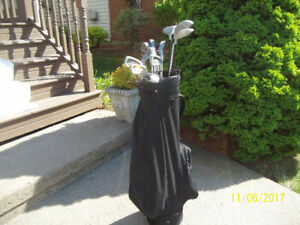 Men's Right Hand 12-pc Golf Clubs Set (Tour Select) & Golf Bag