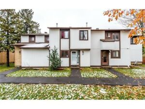 ***Beautiful 3 bedrooms family home! Excellent Location!
