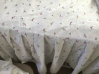 Single bed set, valance, two fitted sheets,two pillows in white with rose flowers