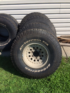 """33"""" x9.5 x15""""BFG's tires and rims"""