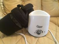 Tommee Tippee bottle warmer and 2 insulated bottle bags like new