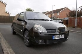 RenaultSport Clio 182 Black Gold Low Mileage 81K, MOT May 2018, Just Serviced, Renault Sport